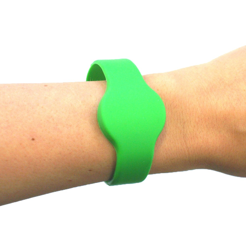 Medium Silicone Green Wristband - MIFARE® 1K EV1