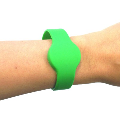 Medium Silicone Green Wristband - NXP MIFARE® Ultralight EV1